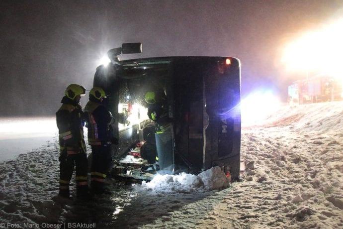 Unfall Reisebus B10 Kreuzung Tomerdingen 27022020 12