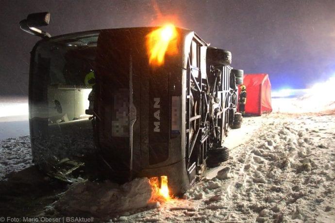 Unfall Reisebus B10 Kreuzung Tomerdingen 27022020 13