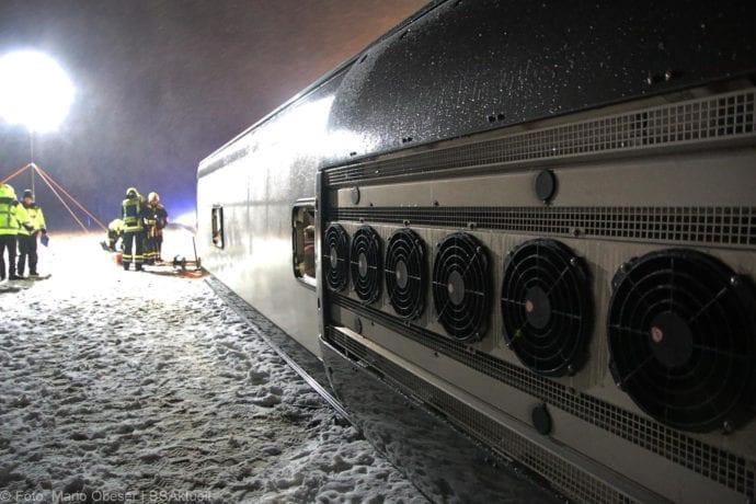 Unfall Reisebus B10 Kreuzung Tomerdingen 27022020 15