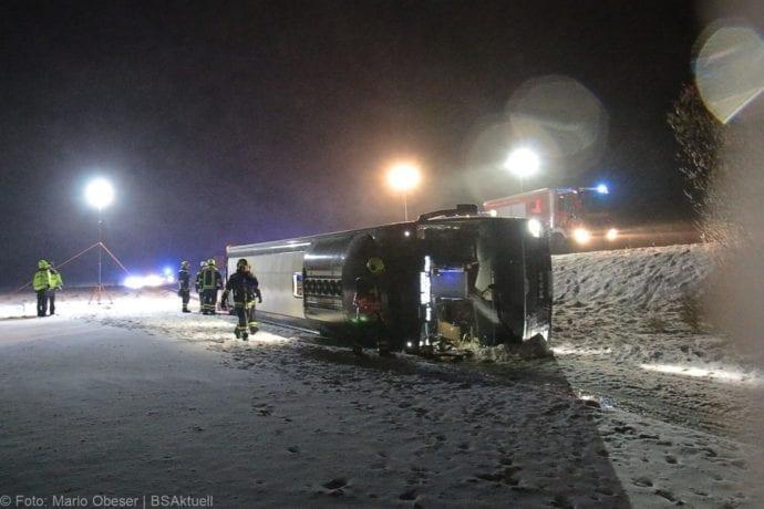 Unfall Reisebus B10 Kreuzung Tomerdingen 27022020 9