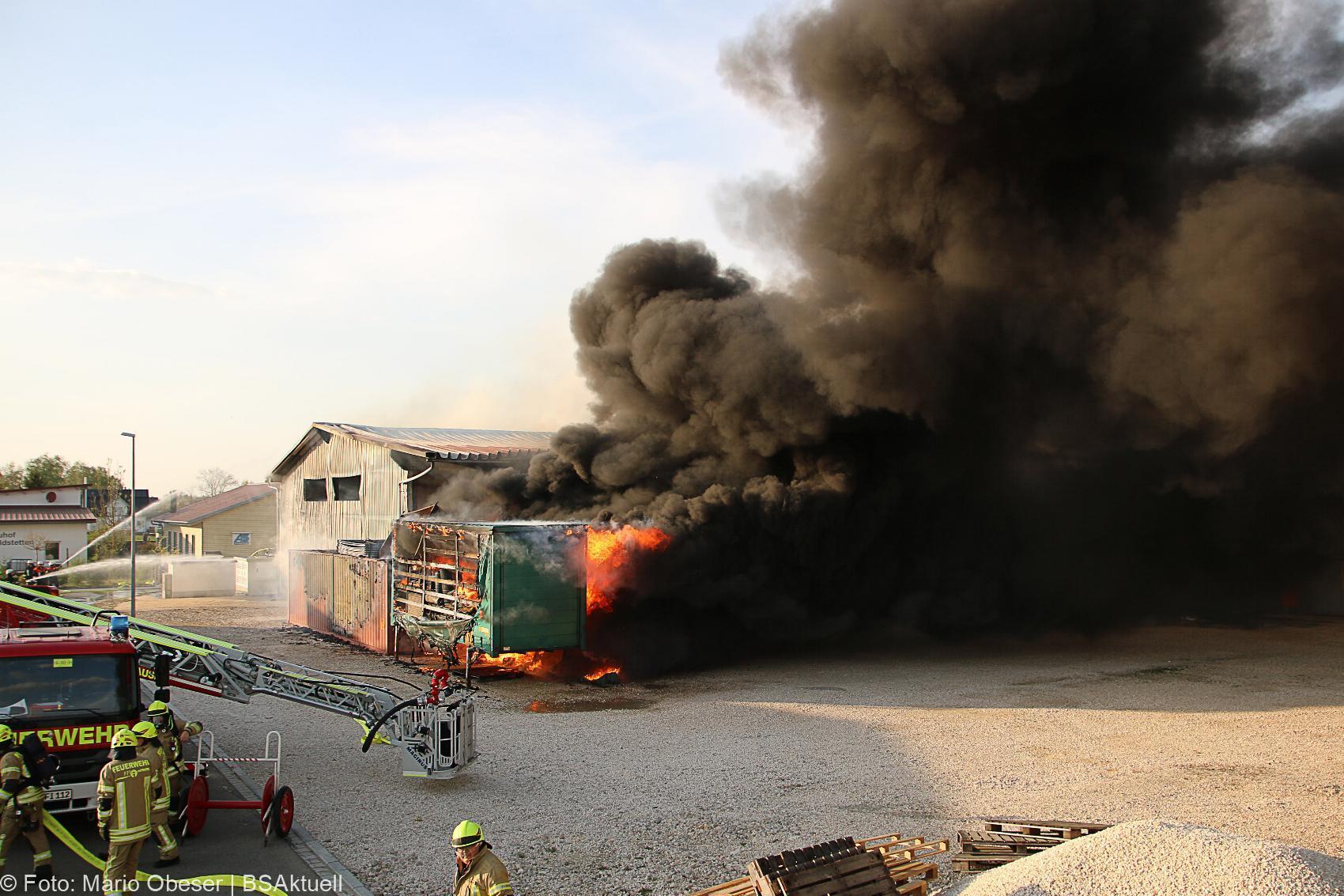 Brand Lagerhalle Waldstetten Ichenhausen 24042020 11