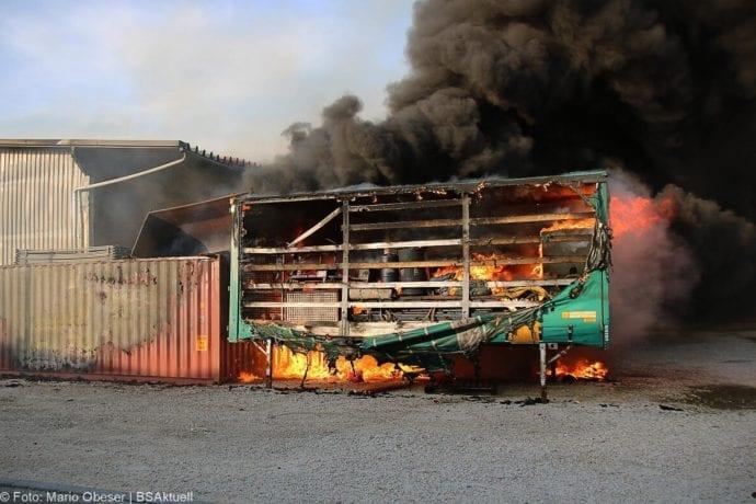 Brand Lagerhalle Waldstetten Ichenhausen 24042020 15