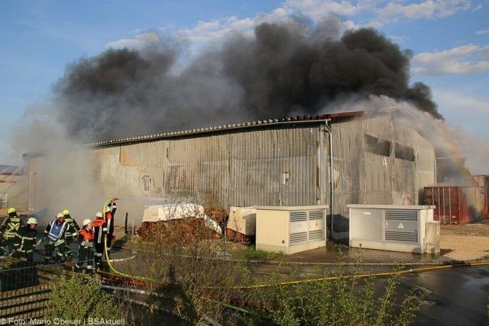 Brand Lagerhalle Waldstetten Ichenhausen 24042020 19