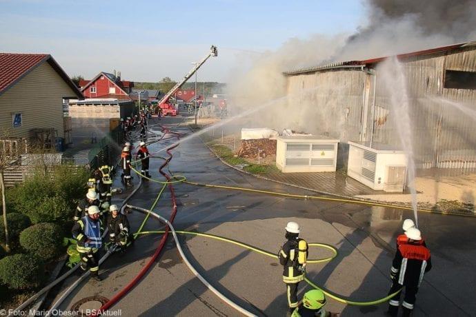 Brand Lagerhalle Waldstetten Ichenhausen 24042020 21