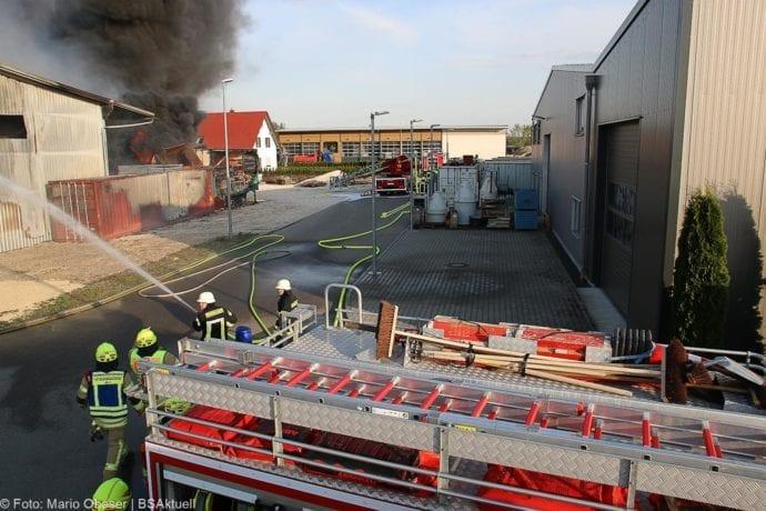 Brand Lagerhalle Waldstetten Ichenhausen 24042020 22