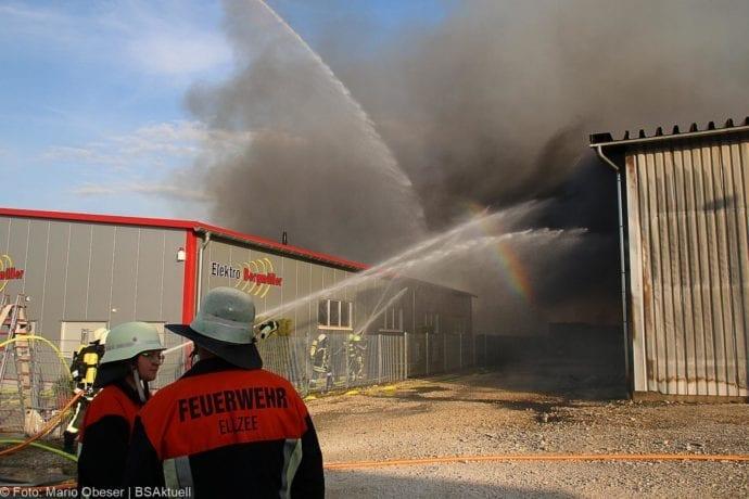 Brand Lagerhalle Waldstetten Ichenhausen 24042020 28