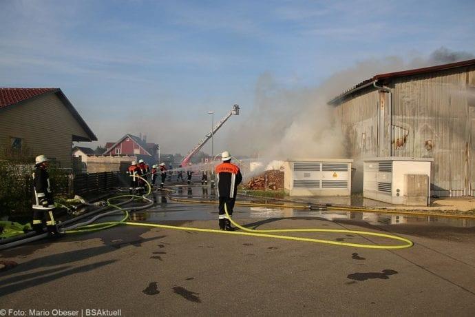 Brand Lagerhalle Waldstetten Ichenhausen 24042020 3