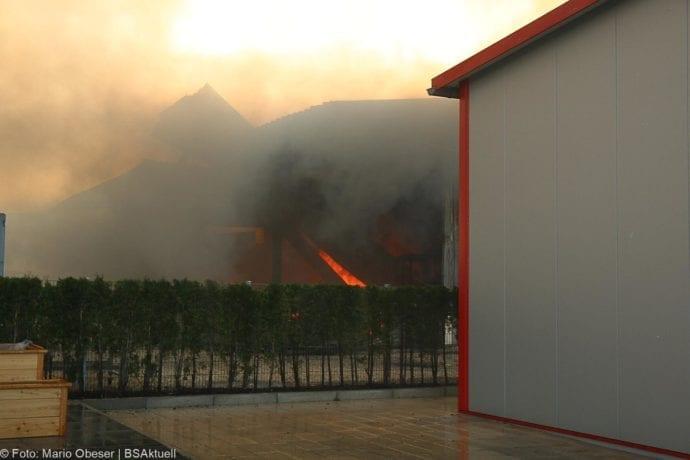 Brand Lagerhalle Waldstetten Ichenhausen 24042020 32