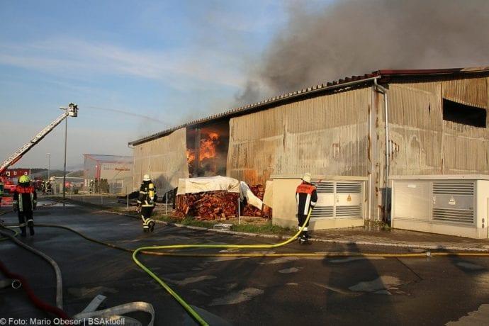 Brand Lagerhalle Waldstetten Ichenhausen 24042020 42