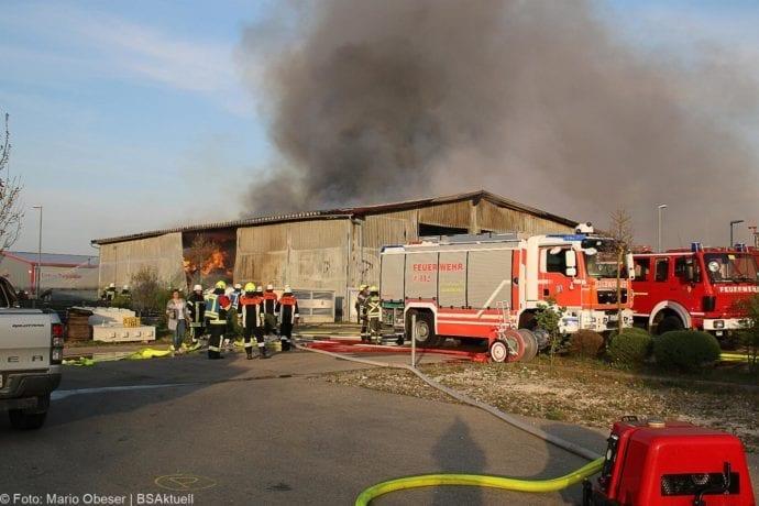 Brand Lagerhalle Waldstetten Ichenhausen 24042020 46