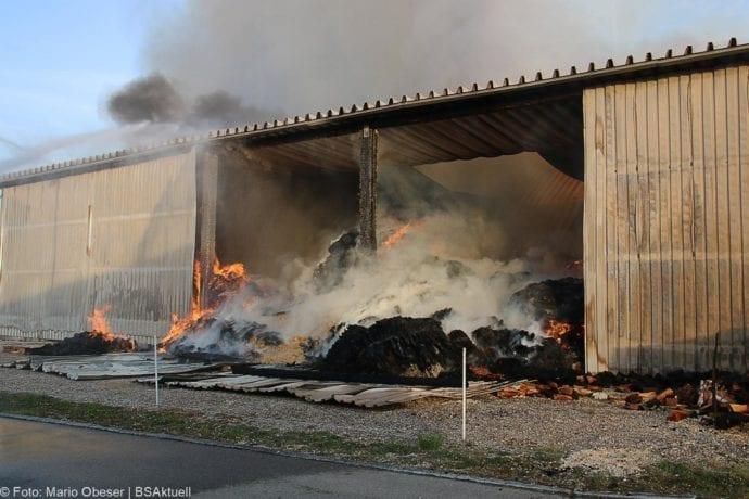 Brand Lagerhalle Waldstetten Ichenhausen 24042020 51