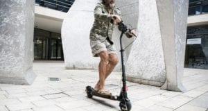 e-scooter Mann