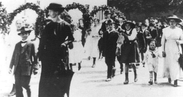 istorischer Kinderfest-Umzug Leipheim 1914