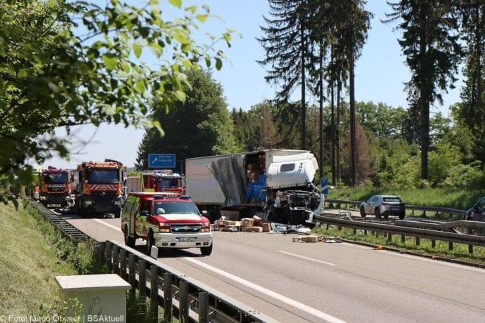 A8 Unfall Ulm-Ost 18052020 1