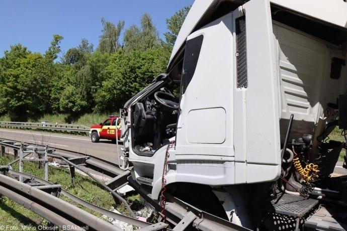 A8 Unfall Ulm-Ost 18052020 17