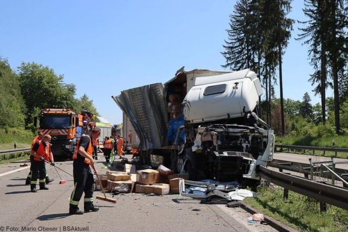 A8 Unfall Ulm-Ost 18052020 19