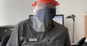 Gesichts- bzw. Plexiglasvisier ersetzt keine Mund-Nasen-Bedeckung