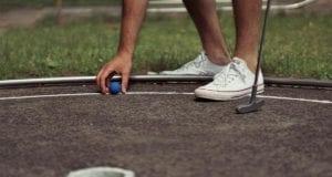 Minigolf spielen