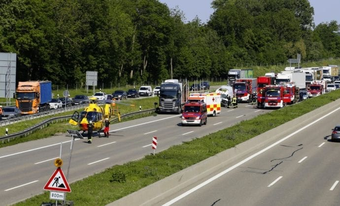 Unfall A8 Augsburg-Ost 18052020