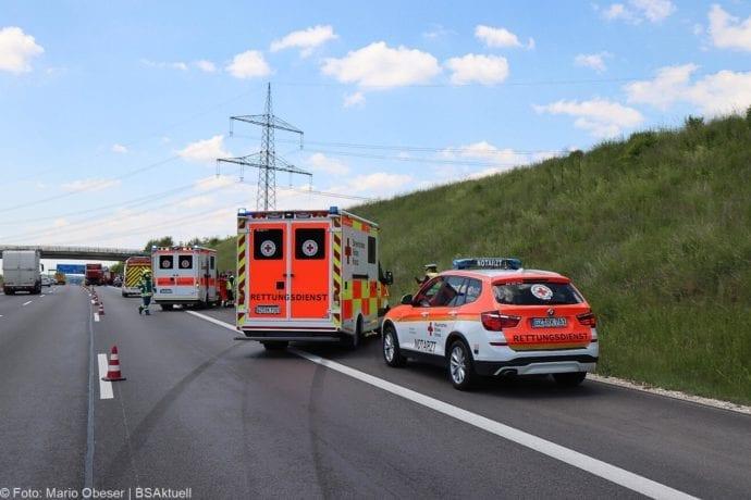 Unfall A8 Burgau-Guenzburg bei Deffingen 19052020 14