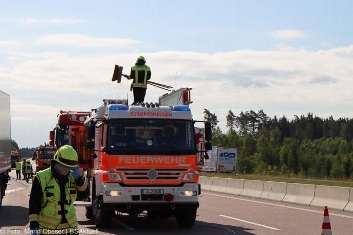 Unfall A8 Zus-Burgau Lkw gegen Sicherungsanhaenger 29052020 20