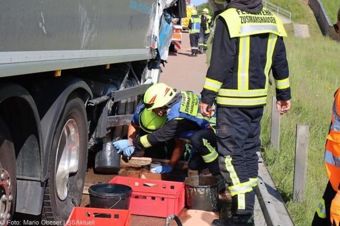 Unfall A8 Zus-Burgau Lkw gegen Sicherungsanhaenger 29052020 9