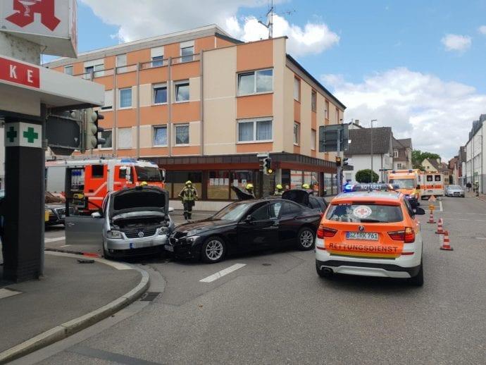 Unfall Guenzburg Augsburger Strasse Sedanstrasse 24052020 3