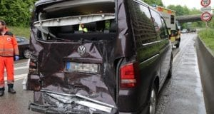 Unfall Guenzburg B16 Auffahrunfall 13052020 6