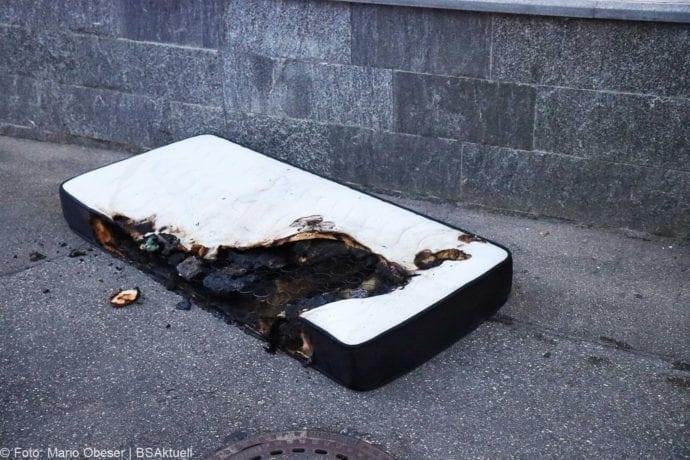 Brand Ichenhausen Zimmer – Matratze 24062020 12