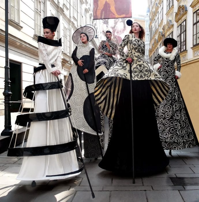 Die Stelzer – Haute Couture1_Wolfgang Hauck