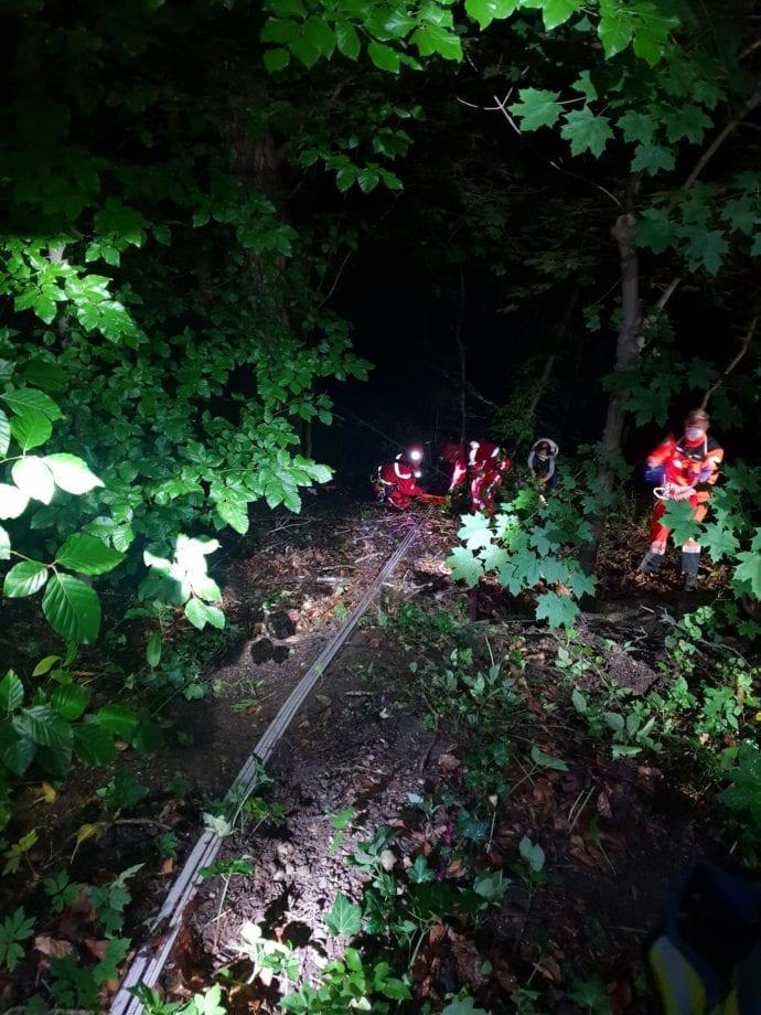 Rettung Person Abgerutscht Guenzburg 20062020 3 3