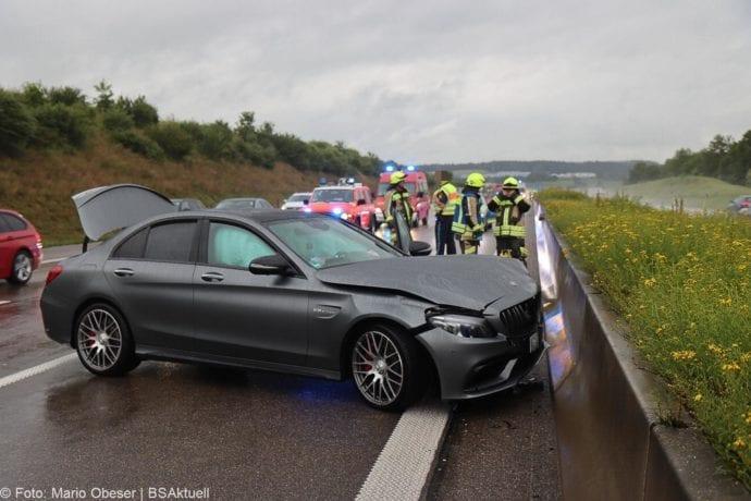 Unfall A8 Guenzburg-Leipheim 14062020 5