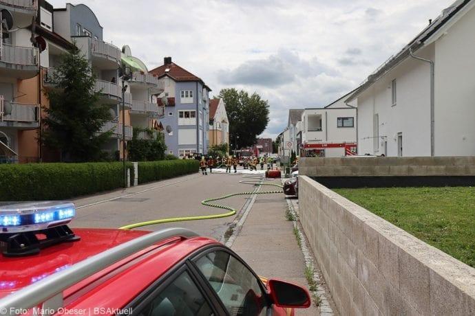 Burgau PKW-Brand auf Anhaenger 11072020 6