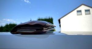 Geldbeutel Autodach