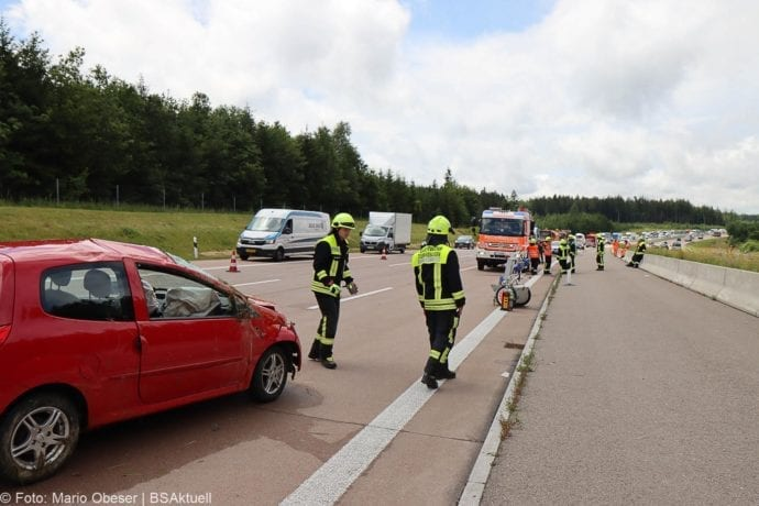 Unfall A8 Burgau-Zusmarshausen 02072020 2