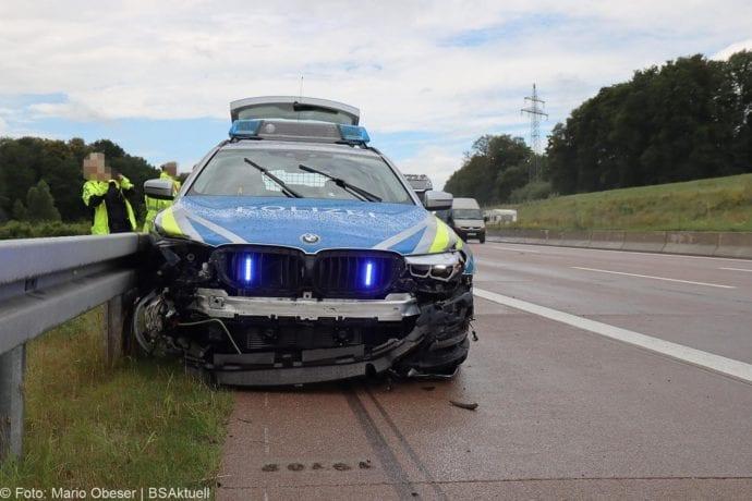 Unfall A8 Polizeifahrzeug Guenzburg Burgau 02072020 1