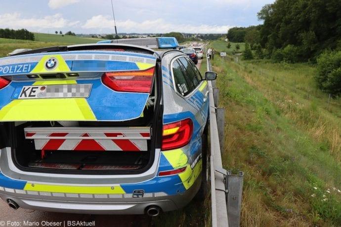 Unfall A8 Polizeifahrzeug Guenzburg Burgau 02072020 10
