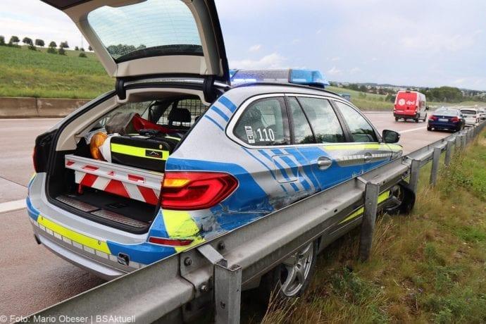 Unfall A8 Polizeifahrzeug Guenzburg Burgau 02072020 5