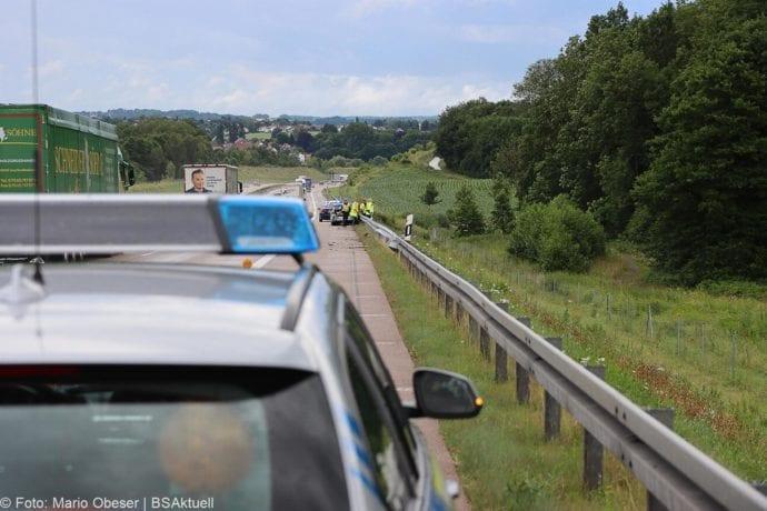 Unfall A8 Polizeifahrzeug Guenzburg Burgau 02072020 8
