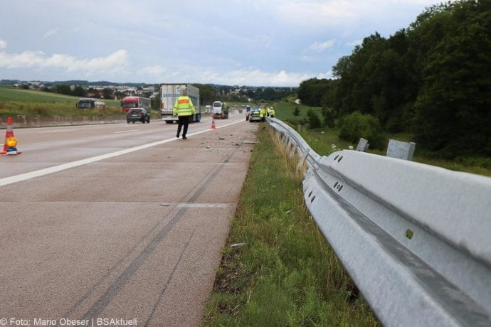 Unfall A8 Polizeifahrzeug Guenzburg Burgau 02072020 9