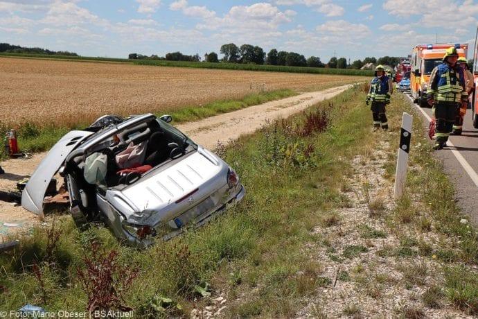 Unfall Cabrio zw Leinheim und Kreisverkehr Limbach 27072020 1