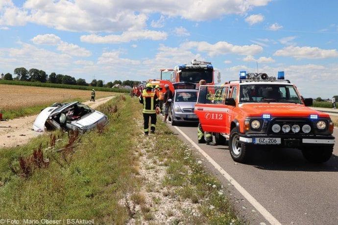 Unfall Cabrio zw Leinheim und Kreisverkehr Limbach 27072020 10