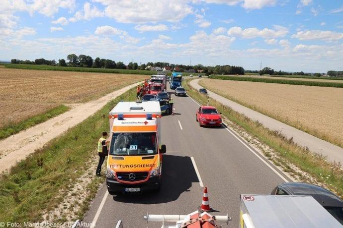 Unfall Cabrio zw Leinheim und Kreisverkehr Limbach 27072020 13