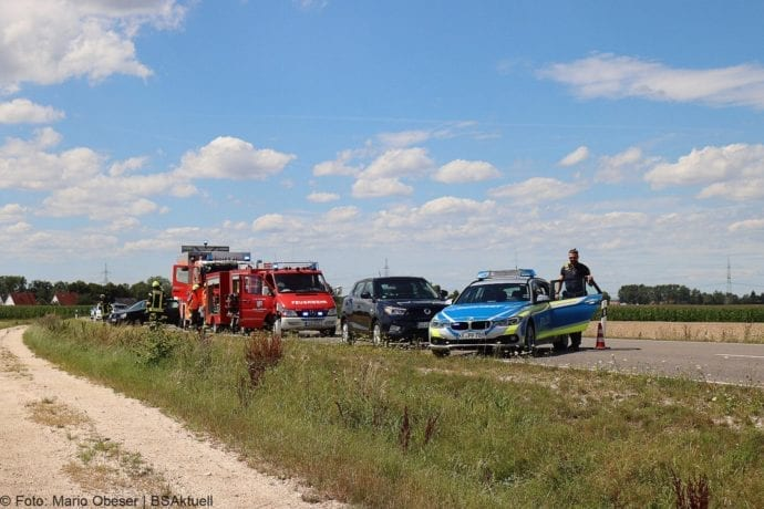 Unfall Cabrio zw Leinheim und Kreisverkehr Limbach 27072020 4