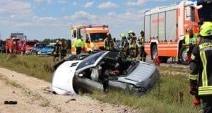 Unfall Cabrio zw Leinheim und Kreisverkehr Limbach 27072020 8