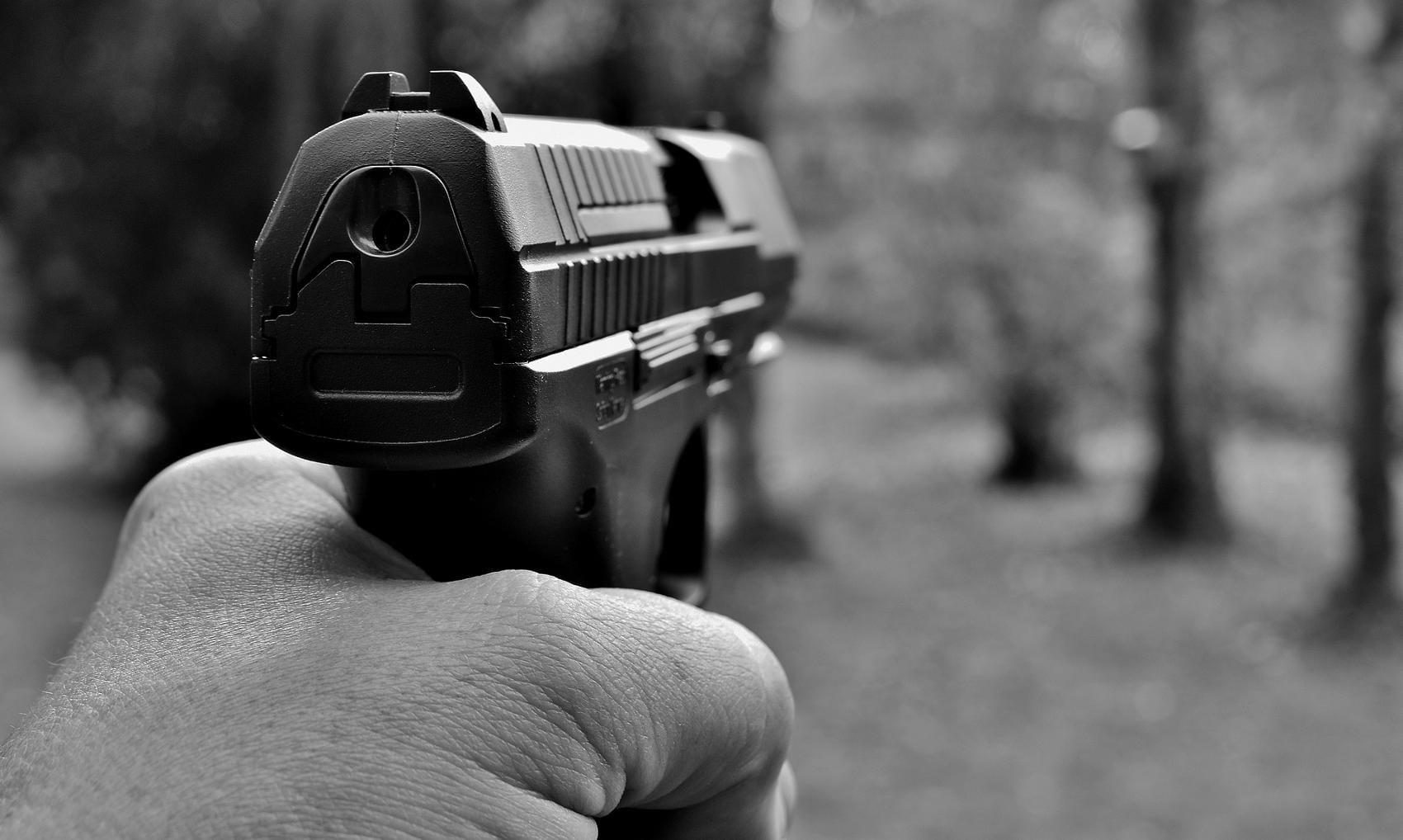 Pistole Waffe Hand