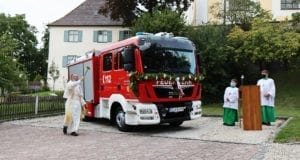 Fahrzeugweihe Feuerwehr Deubach – Pater Joachim Weihe