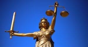 Justiz Gericht