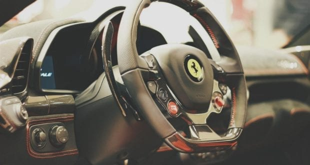 Lenkrad Ferrari