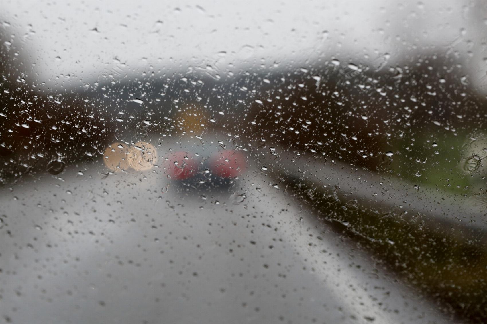 Windschutzscheibe Regen
